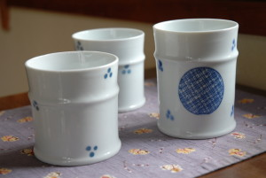茶筒の染付磁器